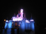 Hong-Kong-Disneyland-castle
