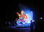 Hong-Kong-Disneyland-night-parade-6