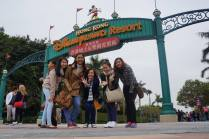 Hong-Kong-Disneyland-with-friends