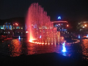 Ocean-Park-Hong-Kong-water-and-lights-show